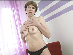 Mature cutie petra fondles her sexy tits tubes