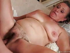 Hairy granny pussy fucked by his young cock tubes