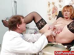 Redhead gran pussy gaping at gyno clinic tubes