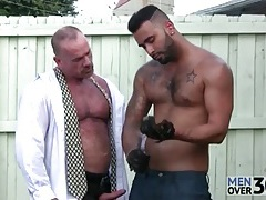 Daddy bear gets his cock sucked by lawn boy tubes