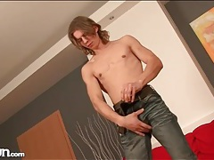 Stripping young guy with long hair is sexy tubes