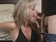 Shaved cunt mom with a tight body sucks cock tubes