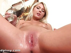Blonde pees in a bowl and pours it on her tits tubes