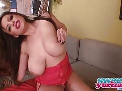 Curvy yurizan beltran looks hot in pink lingerie tubes