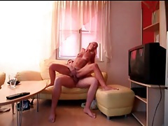Amateur hottie rides dick with her tight cunt tubes