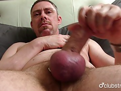 Mature tucker jerking off his penis tubes