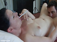 Smoker gets her bald pussy eaten out tubes