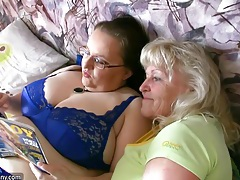 Two old grannies and big tits have fun and strip in bed tubes