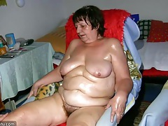 Old chubby granny has massage from bbw mature nurse tubes