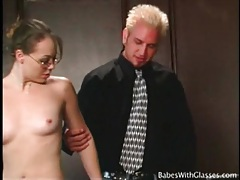 Skinny mariah cherry wears glasses for naughty play tubes