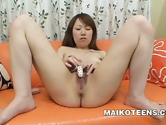 Maya araki - japanese teen bouncing on a penis tubes