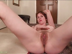 Horny solo milf rubs her pink cunt tubes