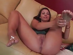 Cali hayes spreads her legs and rubs her wet pussy tubes