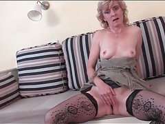 Lovely mature in fishnet stockings masturbates tubes