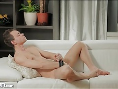 Solo guy models sexy ass and masturbates tubes