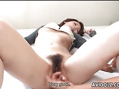 Cock gets hard as japanese girl blows him tubes
