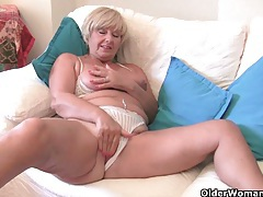 British grannies exposed on cam tubes