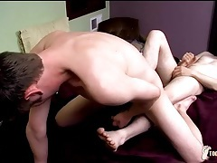 Toe up the asshole of a cute twink boy tubes
