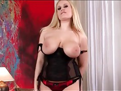 Curvy blonde shakes her big tits and ass tubes