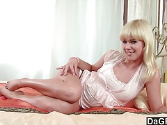 Young blonde masturbates in the morning tubes