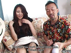 Pretty japanese housewife gives food for sex tubes