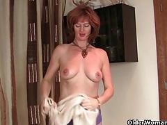 British mums showing off their masturbation skills tubes