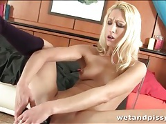 Skinny blonde pissing and masturbating tubes