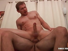 Hairy hunk fucks his smooth lover in anal video tubes