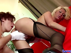 Lesbian english matures rubbing pussy tubes