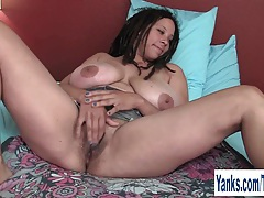 Chesty milf shannon watching porn tubes