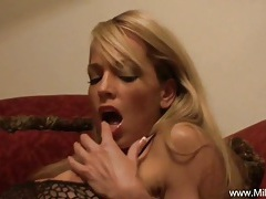 Blonde amateur milf on the red couch tubes