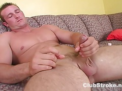 Muscular straight guy danny masturbating tubes