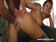 Hot brunette milf enjoys a hard fist fucking orgasm tubes