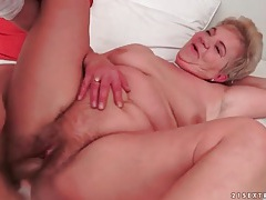 Grandma fucked in her cunt by young guy tubes