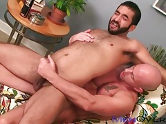 Hairy bear ass fucked by a smooth guy tubes