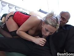 Patricia seduces a black man tubes