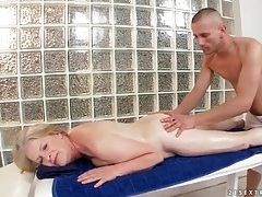 Oiled up massage for curvy granny tubes