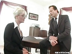 Secretary gets on her knees and gives a blowjob tubes
