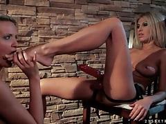 Strapon fucking with beautiful blonde lesbians tubes