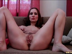 Solo webcam girl masturbates her cunt tubes