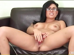 Eva angelina masturbates in her glasses tubes