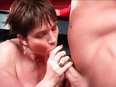Short hair mature is a horny cocksucker tubes