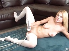 Solo blonde white stockings and heels masturbates tubes