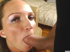 Smiling her way through a blowjob session tubes