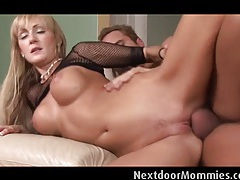 Big breasted blonde milf  rides cock tubes