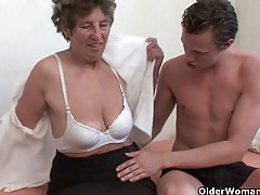 Grandma loves anal sex tubes