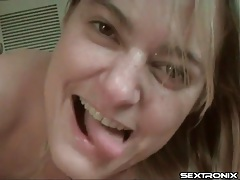 Amateur talks dirty as her man masturbates tubes