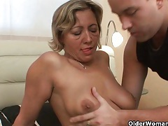 Mom needs cum and she knows how to get it tubes