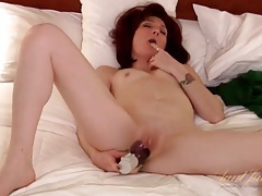 Sexy solo milf redhead toy fucks her pussy tubes