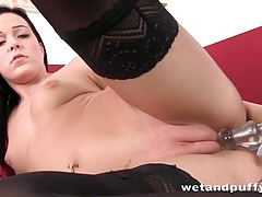 Solo babe in black stockings fucks a dildo tubes